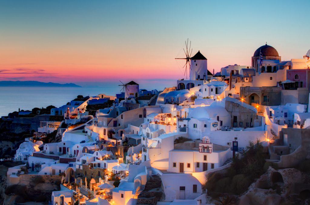 Santorini (Greece) | 10 of the World's Best Sunset Spots | Zestradar