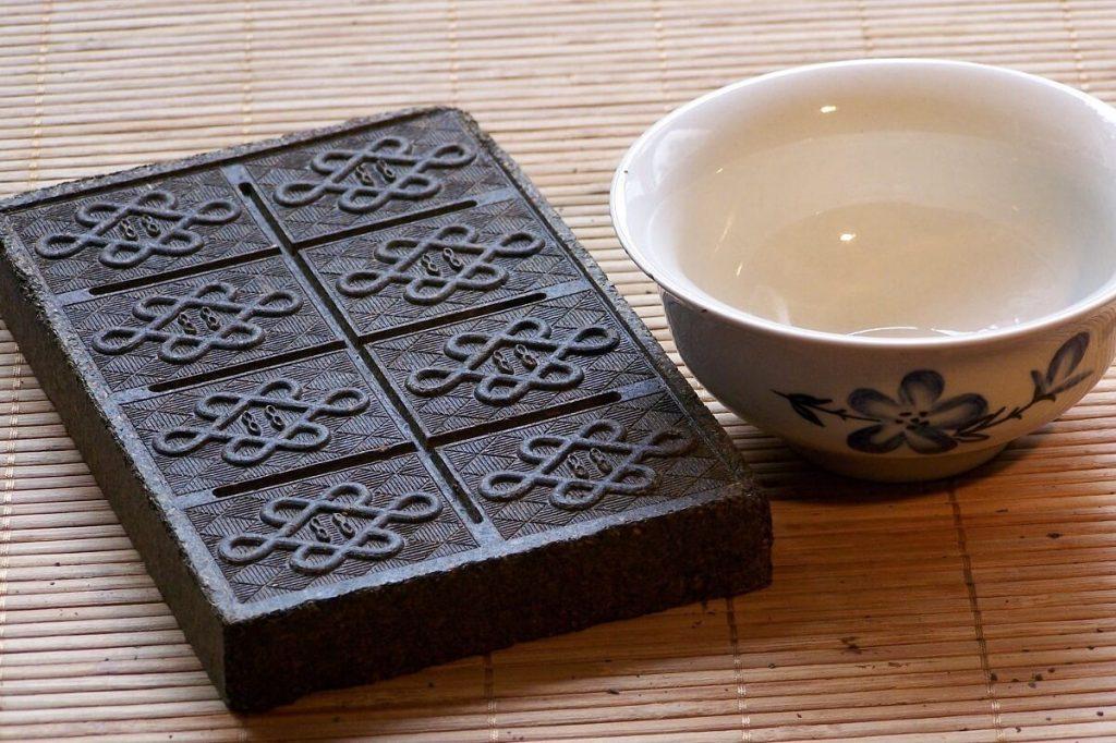 Твердый калмыцкий чай | Самые необычные чаи | Zestradar