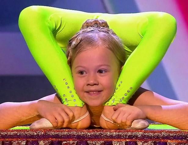 #1 | Варвара Гордеева – самый гибкий ребенок в мире | Zestradar