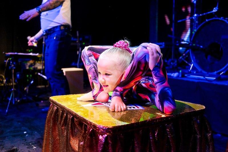 #5 | Варвара Гордеева – самый гибкий ребенок в мире | Zestradar