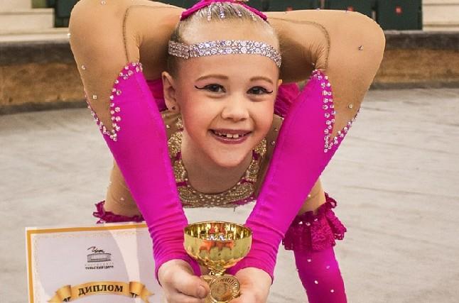 #6 | Варвара Гордеева – самый гибкий ребенок в мире | Zestradar