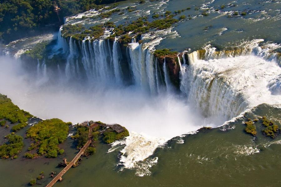 Водопады Игуасу | Самые удивительные водопады планеты | Zestradar