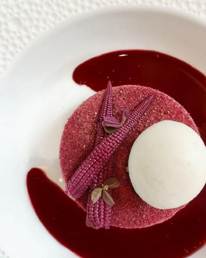 «Кукуруза гибискус» Le Bernardin  | 10 ресторанов, в которые люди хотят попасть ради одного блюда | Zestradar