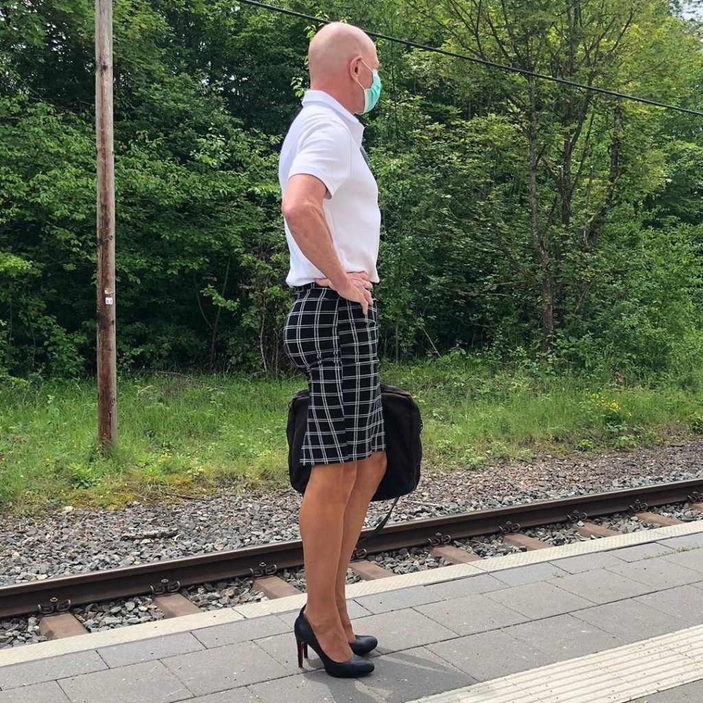#14 | 61-Year-Old Man Wears Skirts and High Heels To Work and Looks Fantastic! | Zestradar