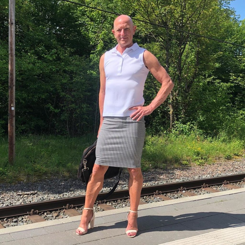 #5 | 61-Year-Old Man Wears Skirts and High Heels To Work and Looks Fantastic! | Zestradar