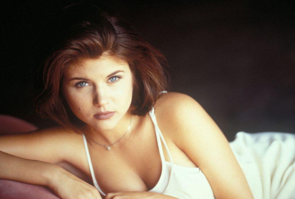 Тиффани Амбер Тиссен | 8 самых сексуальных актрис 90-х, по которым все сходили с ума | Zestradar