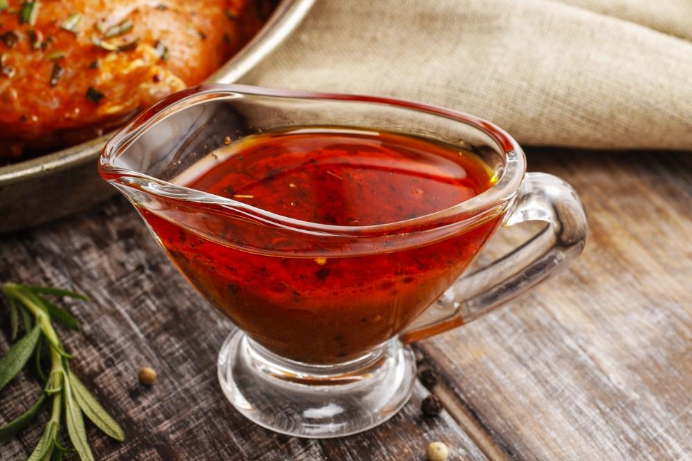 Маринады и соусы | 8 самых вредных блюд на новогоднем столе | Zestradar