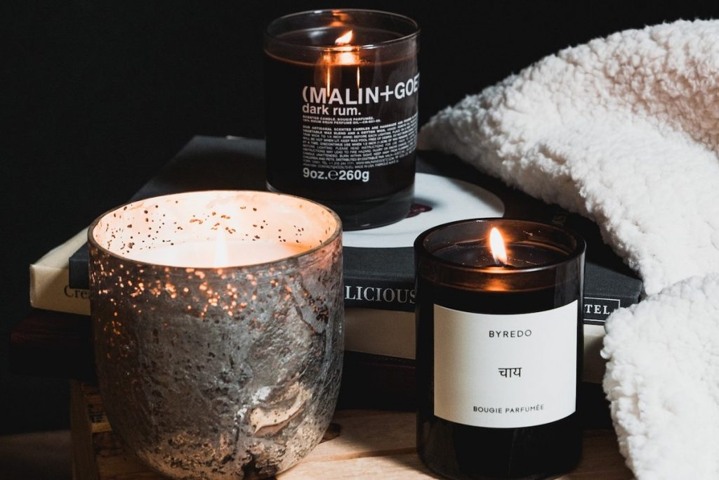 Scented Candles | At-Home Spa Day Ideas for Men | Zestradar