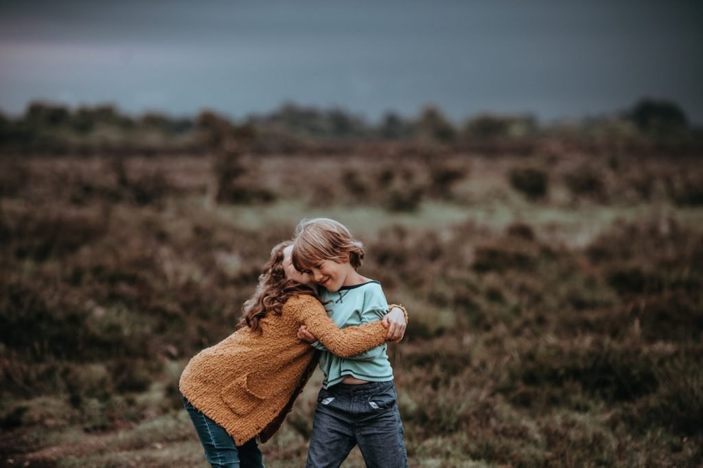 #4 | Science Says You Should Hug More And Here Is Why | Zestradar