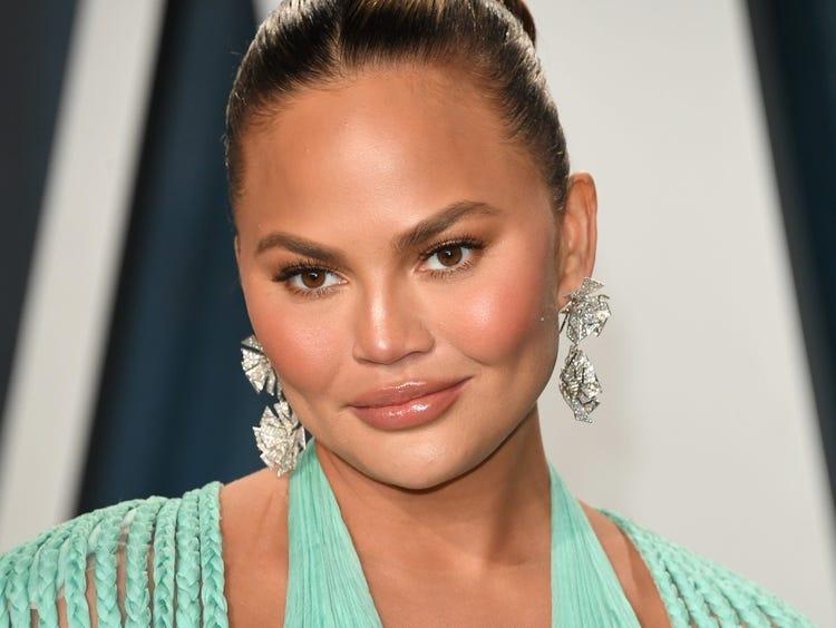 Chrissy Teigen | 8 Most Overrated Hollywood Celebrities | Zestarar