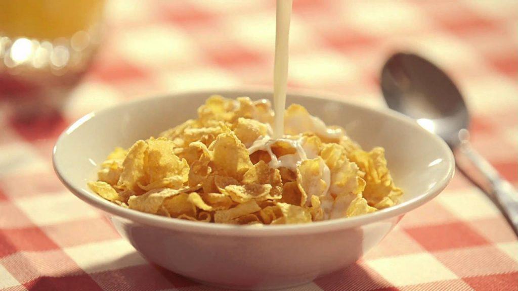 Кукурузные хлопья | 6 неожиданных фактов о привычной еде | Zestradar