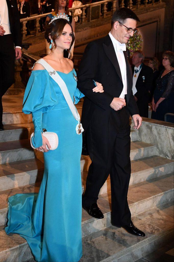 #1 | Лучшие модные образы европейских монархов | Zestradar