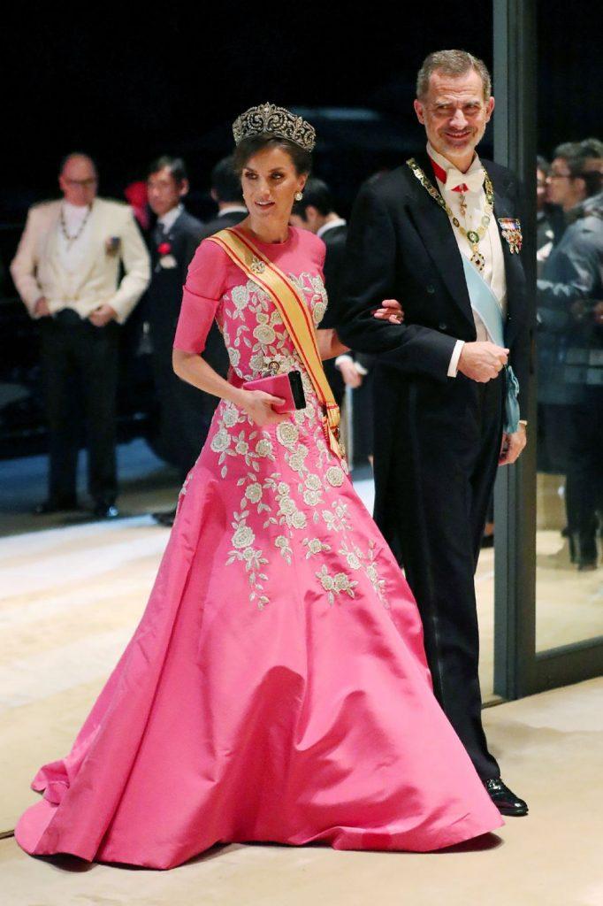 #2 | Лучшие модные образы европейских монархов | Zestradar