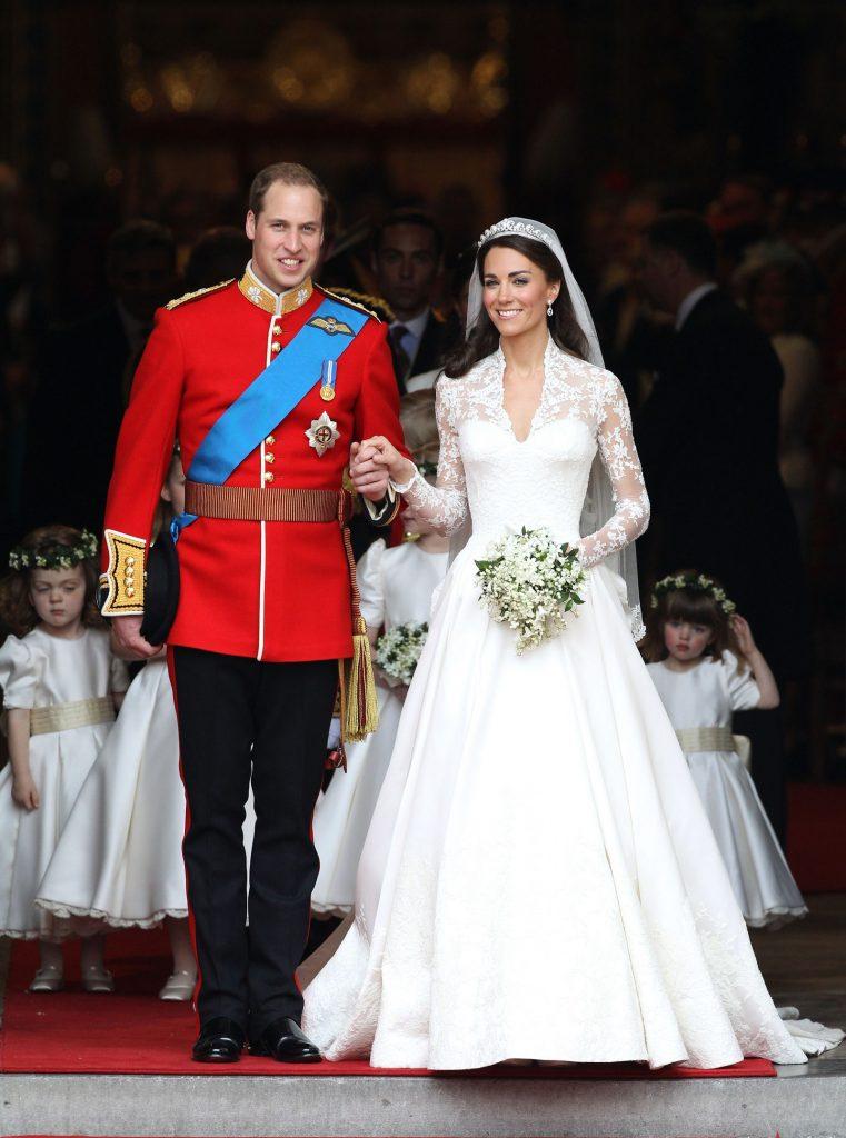 #7 | Лучшие модные образы европейских монархов | Zestradar