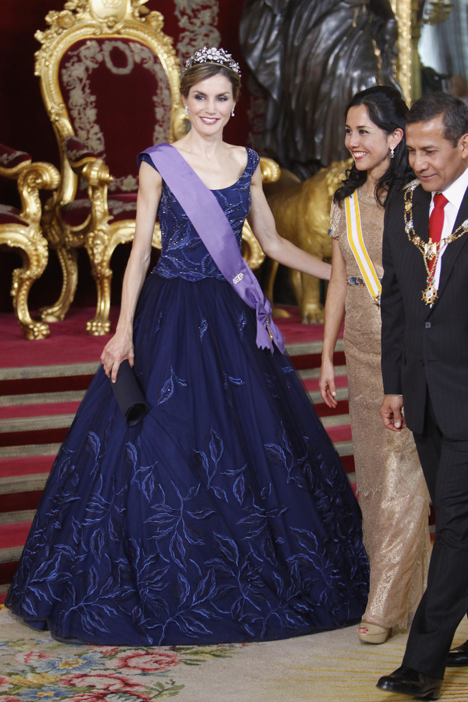 #13 | Лучшие модные образы европейских монархов | Zestradar