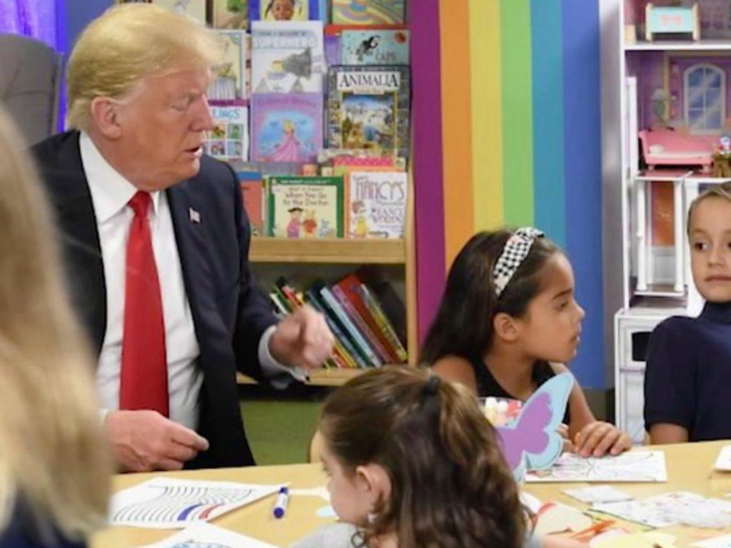 #13 |15 Stupidest Things Trump Did During His Presidency | Zestradar