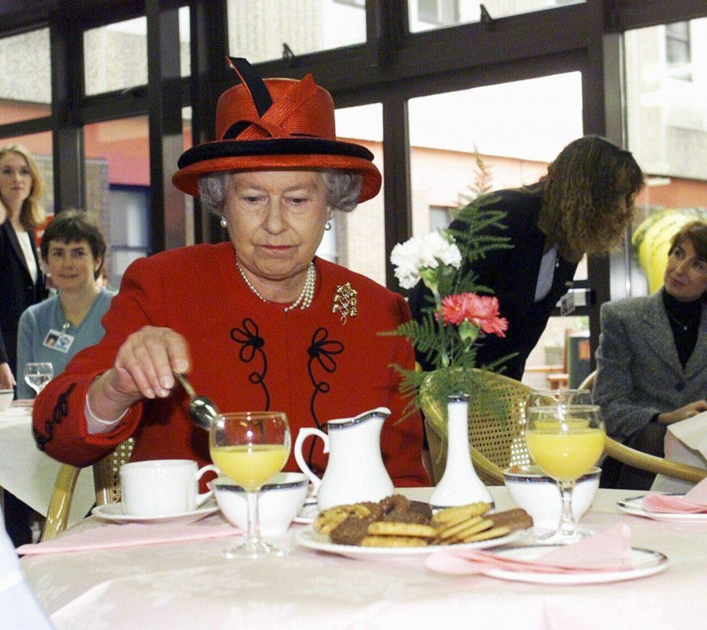 Queen Elizabeth II  | Presidential Menu: World Leaders' Favorite Foods | Zestradar