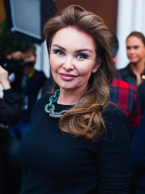Елена Маликова   Молоды и прекрасны: 10 российских знаменитостей, которые слишком рано стали бабушками   Zestradar