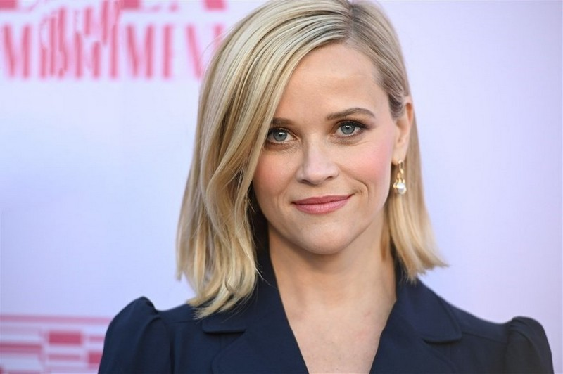 Reese Witherspoon | 8 Celebs Who Worked Hard on Their Look and Turned Into Goddesses | Zestradar