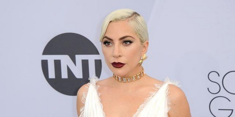 Lady Gaga | 8 Celebs Who Worked Hard on Their Look and Turned Into Goddesses | Zestradar
