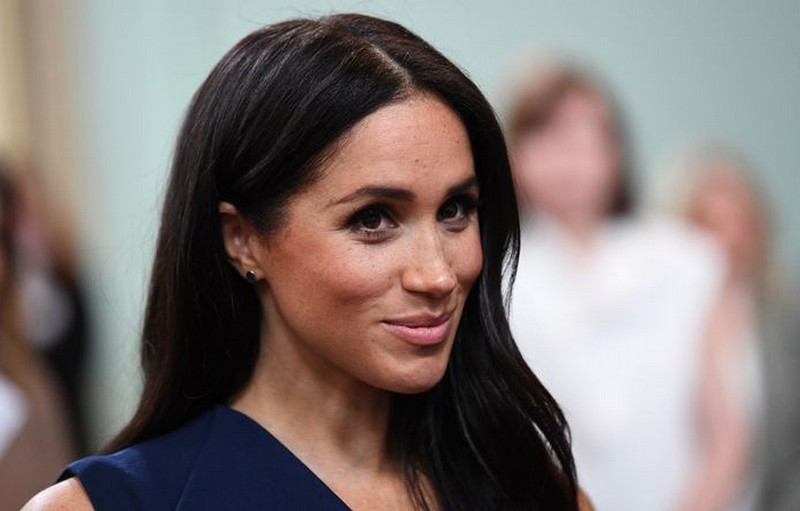 Meghan Markle | 8 Celebs Who Worked Hard on Their Look and Turned Into Goddesses | Zestradar