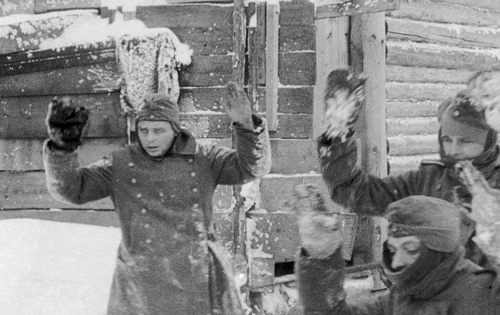 «Разгром немецких войск под Москвой», 1942   Отечественные фильмы, которые были номинированы или получили премию «Оскар»   Zestradar