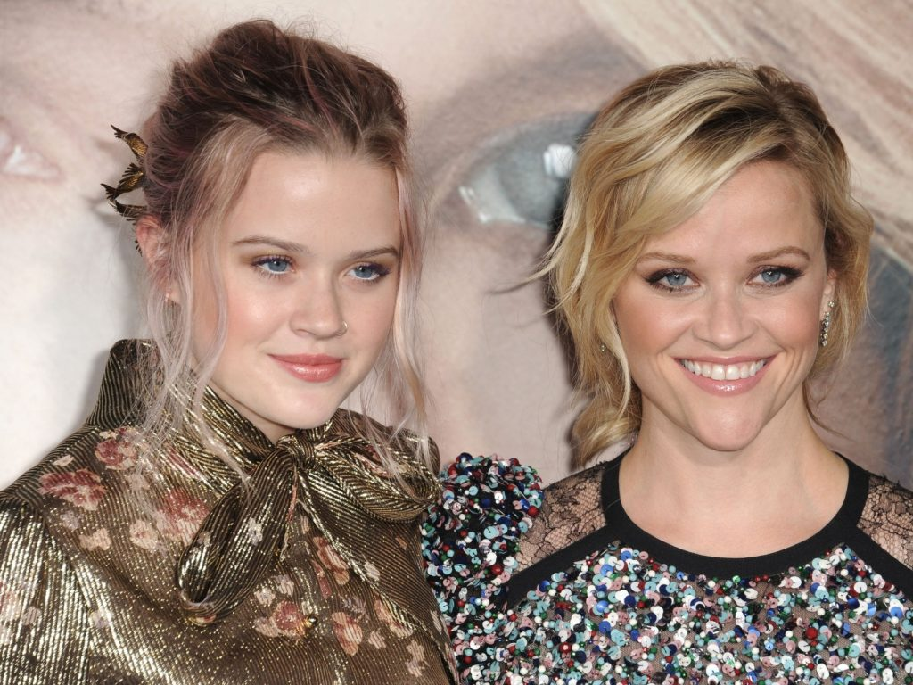 Reese Witherspoon and her daughter Ava Phillippe.  | 9 Celebrity Kids That Look Exactly Like Their Parents | Zestradar