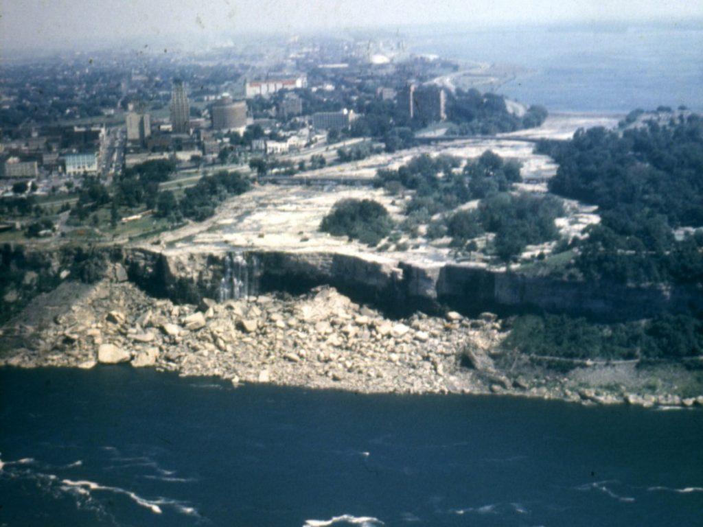 #4 | Gruesome Secrets Hidden Under The Dried Out Niagara Falls | Zestradar