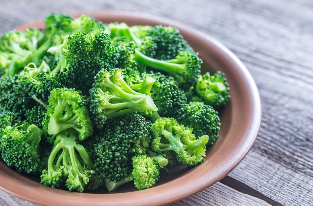 Broccoli | Superfoods That You Shouldn't Eat Too Much Of | Zestradar