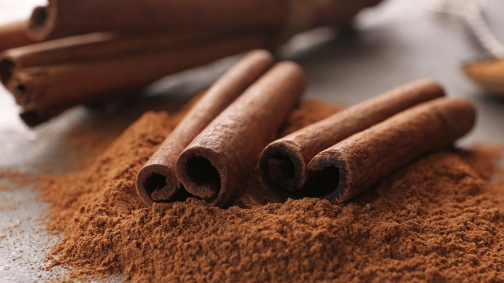 Cinnamon | Superfoods That You Shouldn't Eat Too Much Of | Zestradar