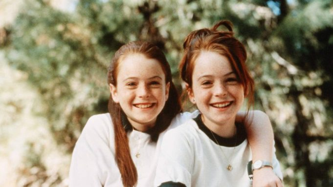 Lindsay Lohan - The Parent Trap | 7 Actors That Played Their Own Twin Sibling | Zestradar