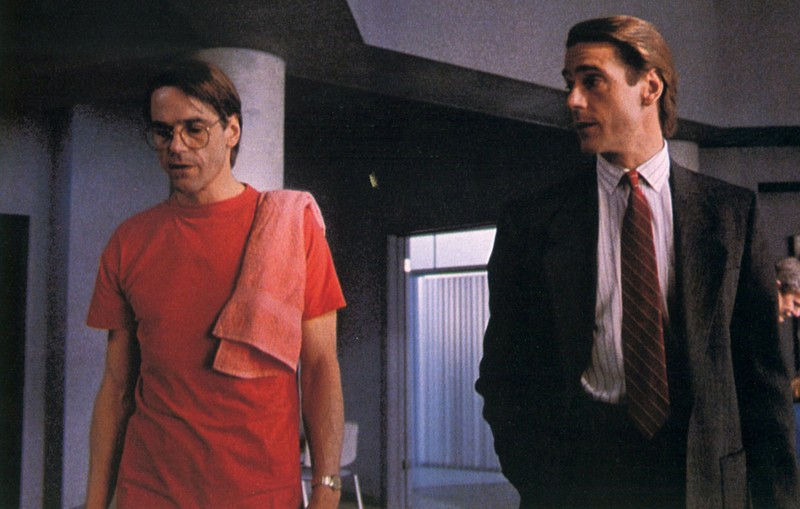 Jeremy Irons - Dead Ringers | 7 Actors That Played Their Own Twin Sibling | Zestradar