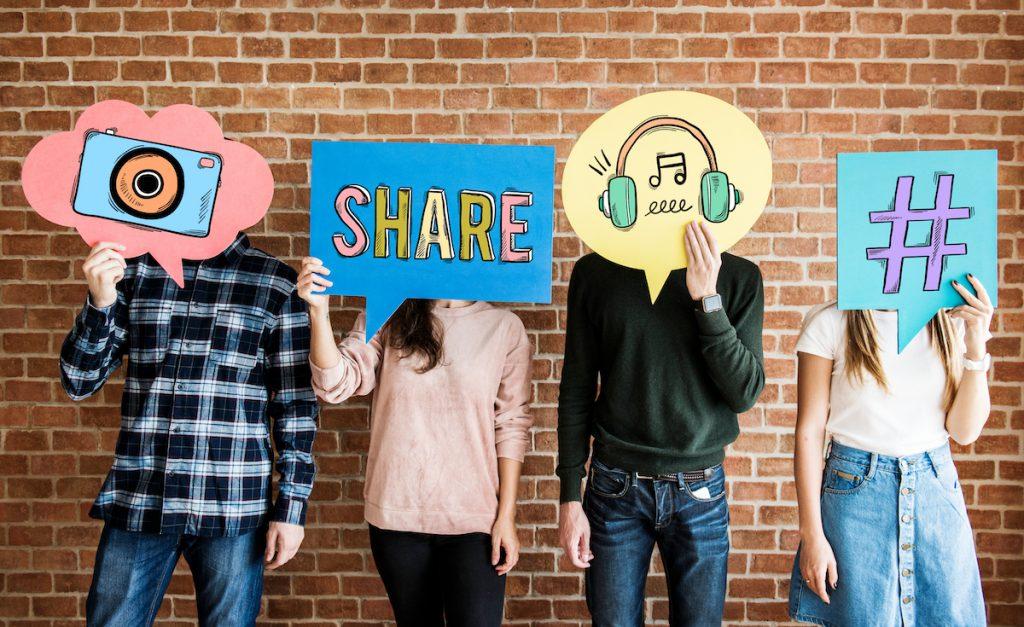#4   7 Reasons Social Media Is Ruining The World   Zestradar