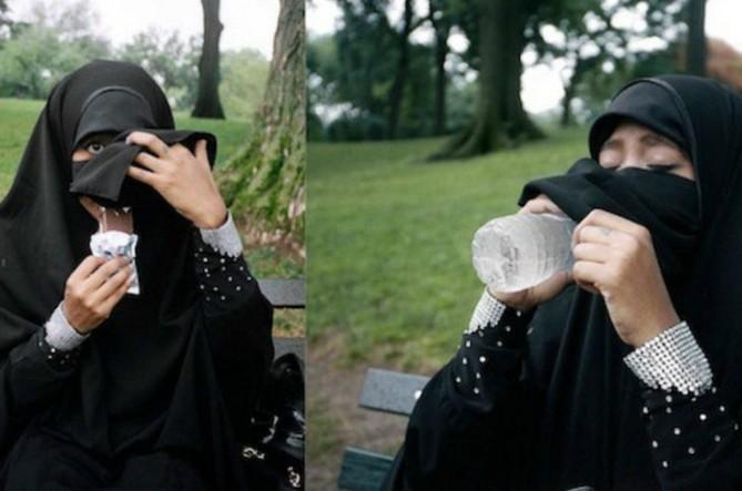 #1   Настоящая пытка: как арабские женщины едят в общественных местах   Zestradar
